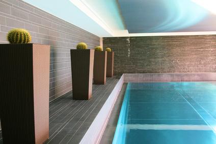 piscine intérieure welness